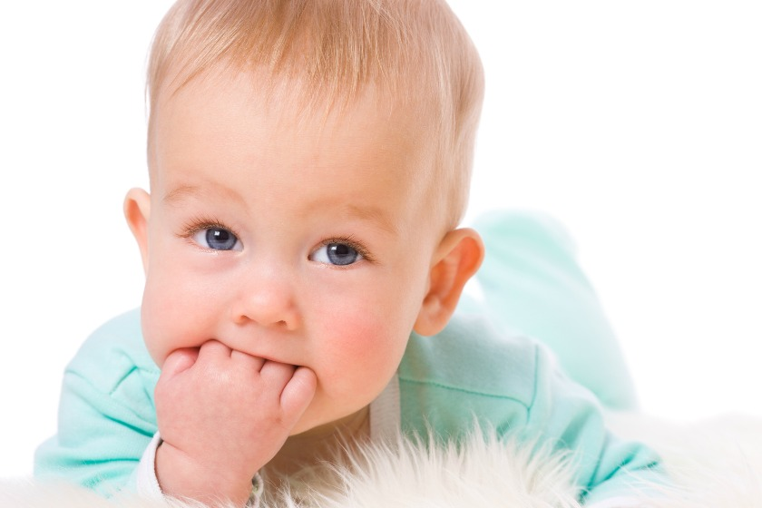 How Do i Know If My Baby Is Hungry Or Wants A Pacifier