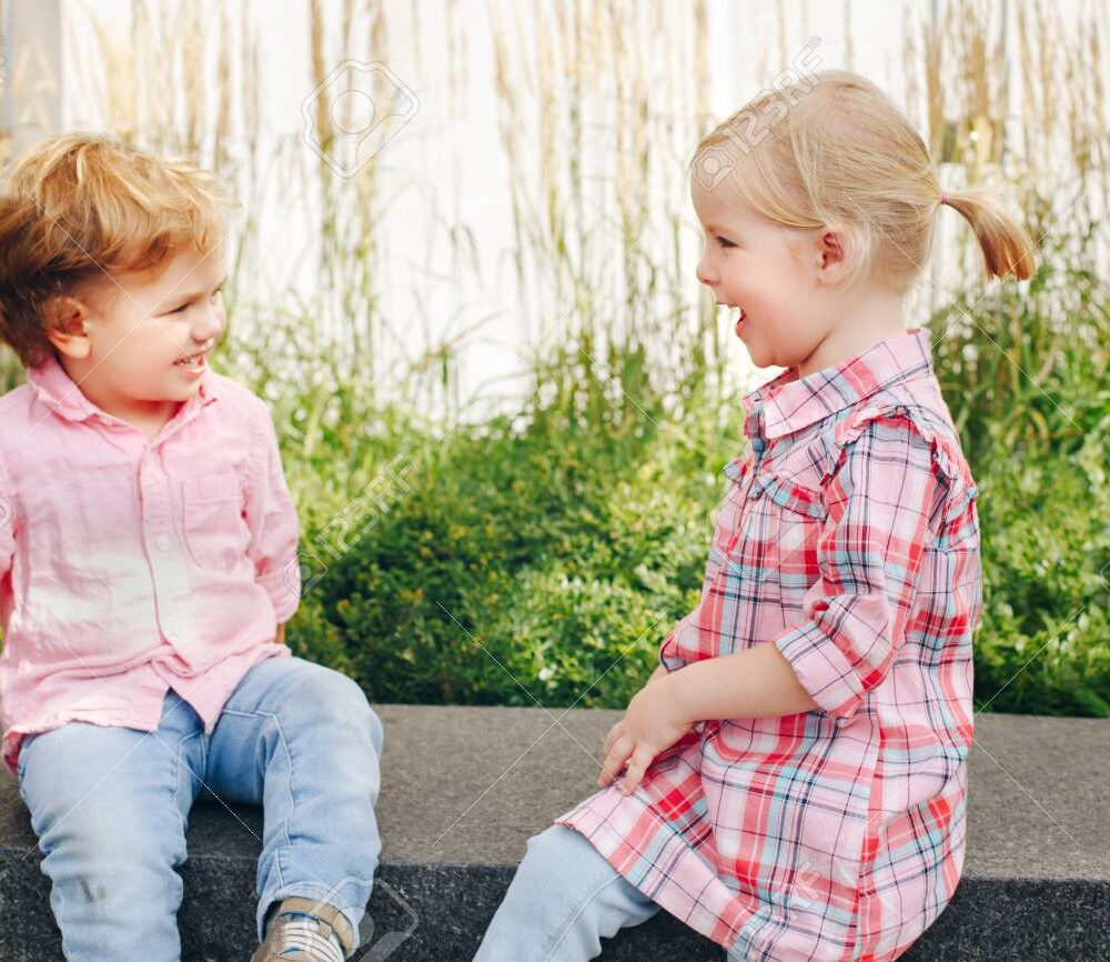 What Age Should A Child Start Talking Clearly?